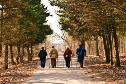 Tips for seniors to prevent spring fall hazards
